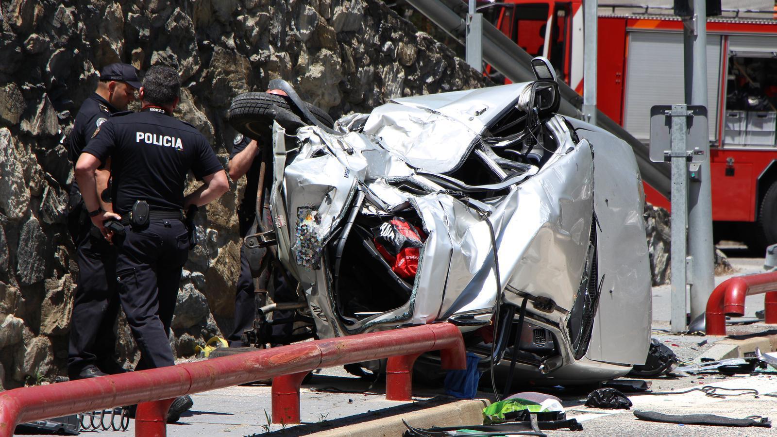 Així ha quedat un dels dos vehicles implicats en l'accident mortal. / M. R. F.