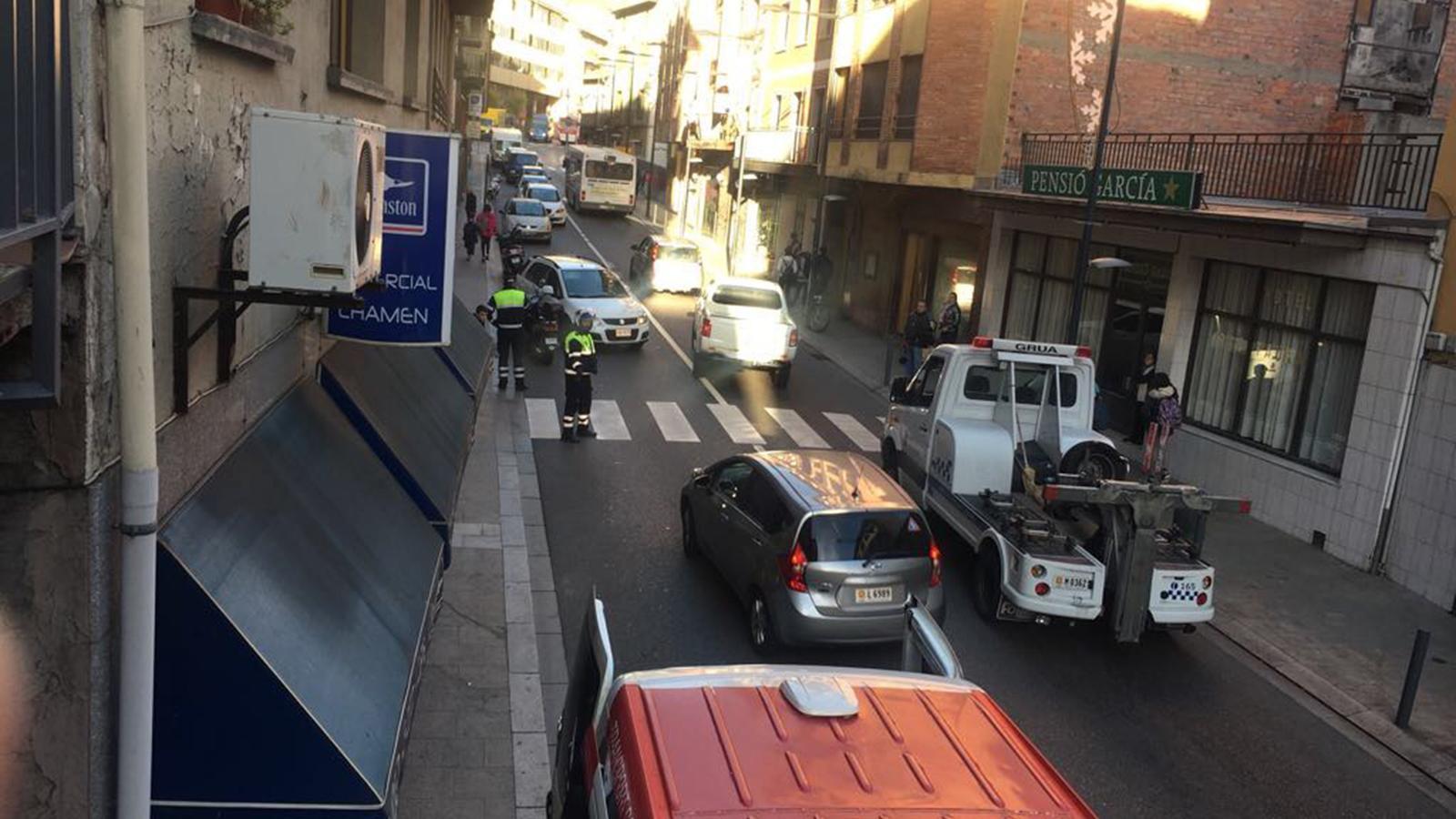 L'accident ha tingut lloc a l'avinguda Príncep Benlloch d'Andorra la Vella. / ANA