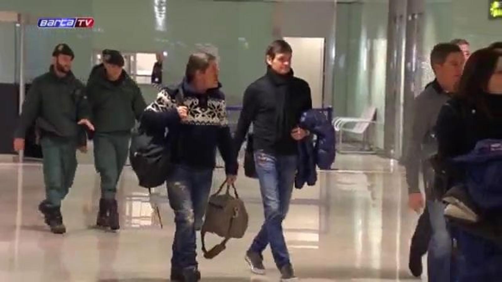 Vídeo de l'arribada de Tito Vilanova a l'aeroport