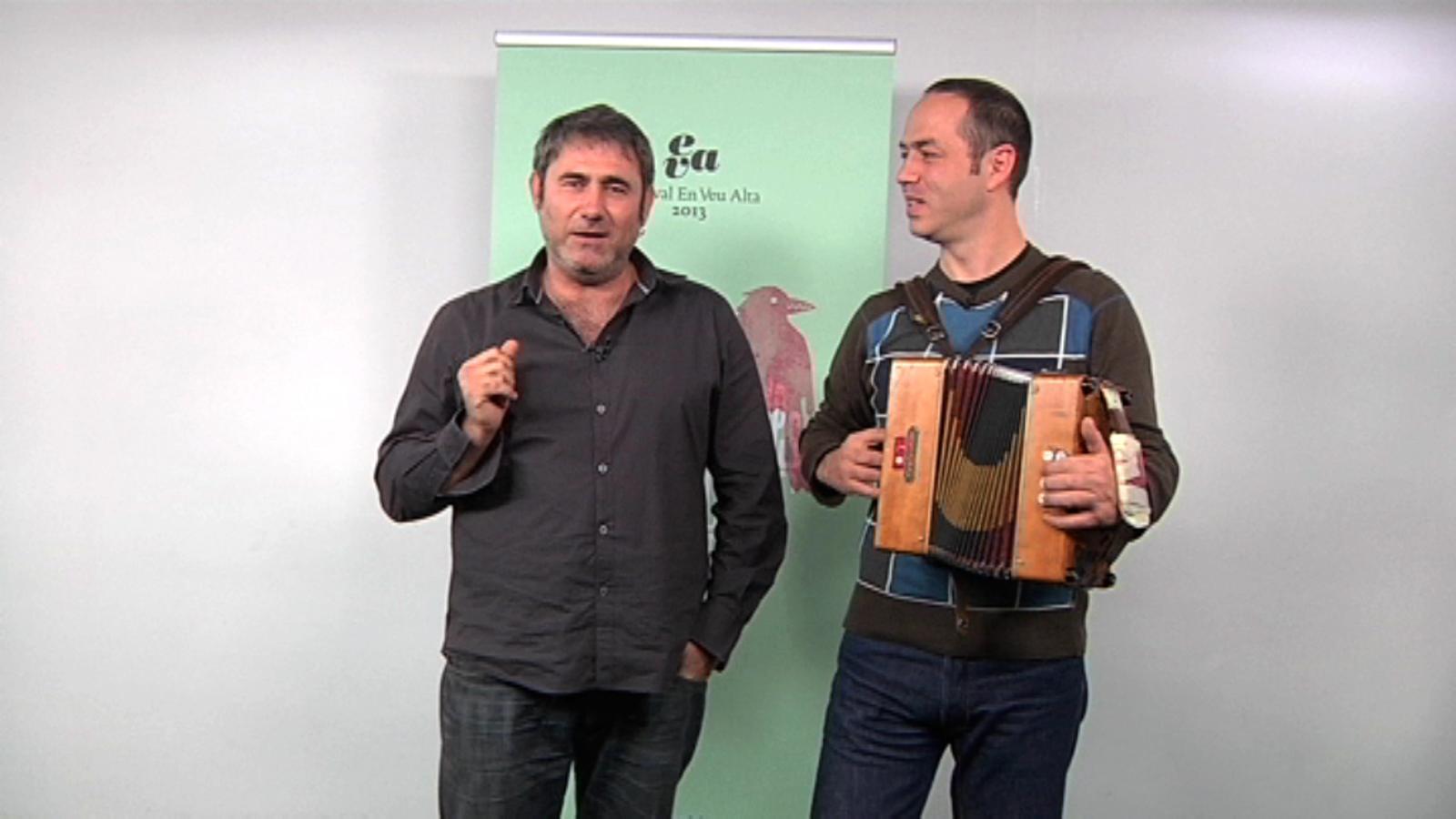 Sergi López i Carles Belda donen el tret de sortida al concurs de gloses