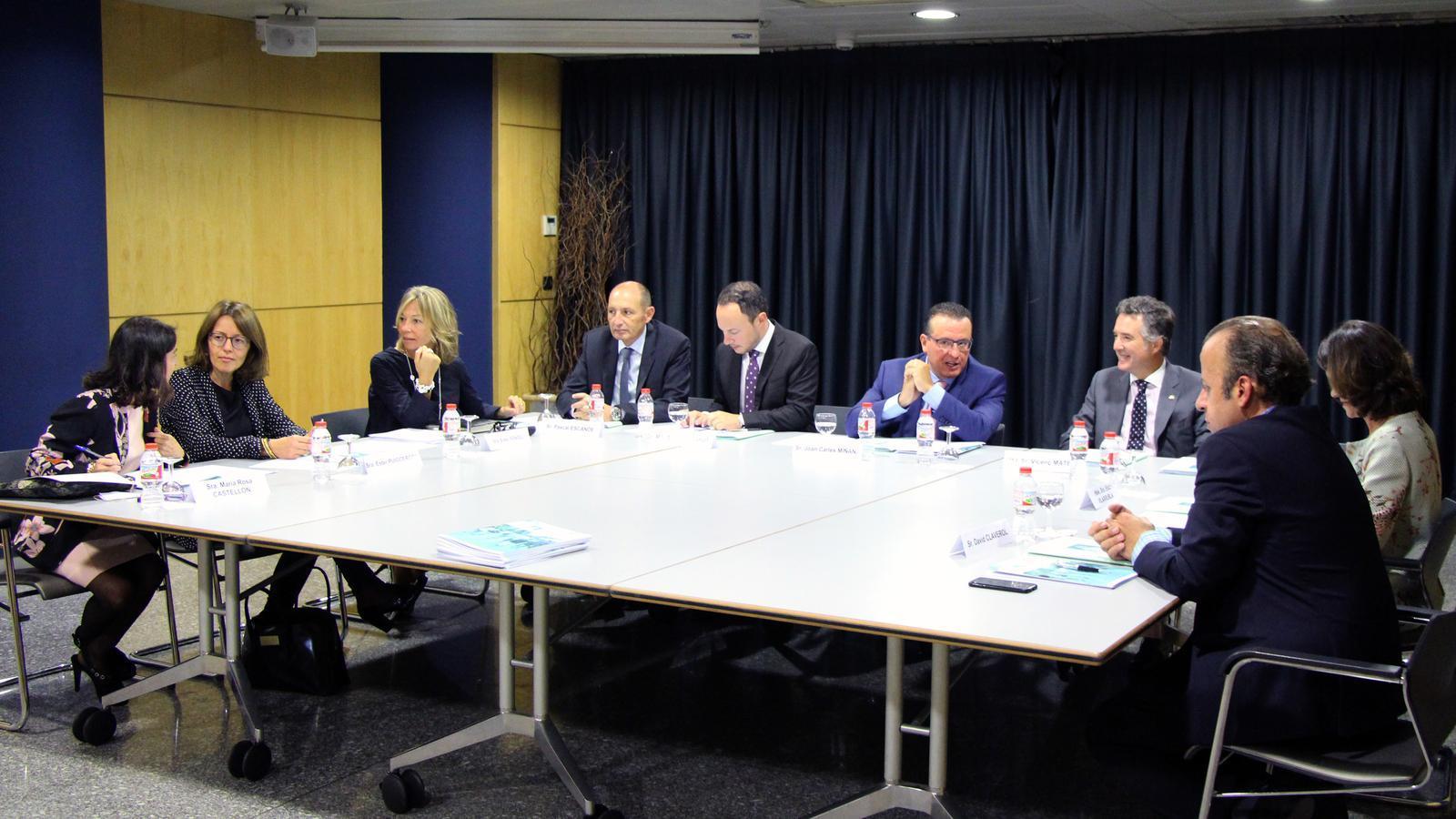 La darrera reunió dels membres del patronat de la Fundació Privada Tutelar. / ARXIU ANA