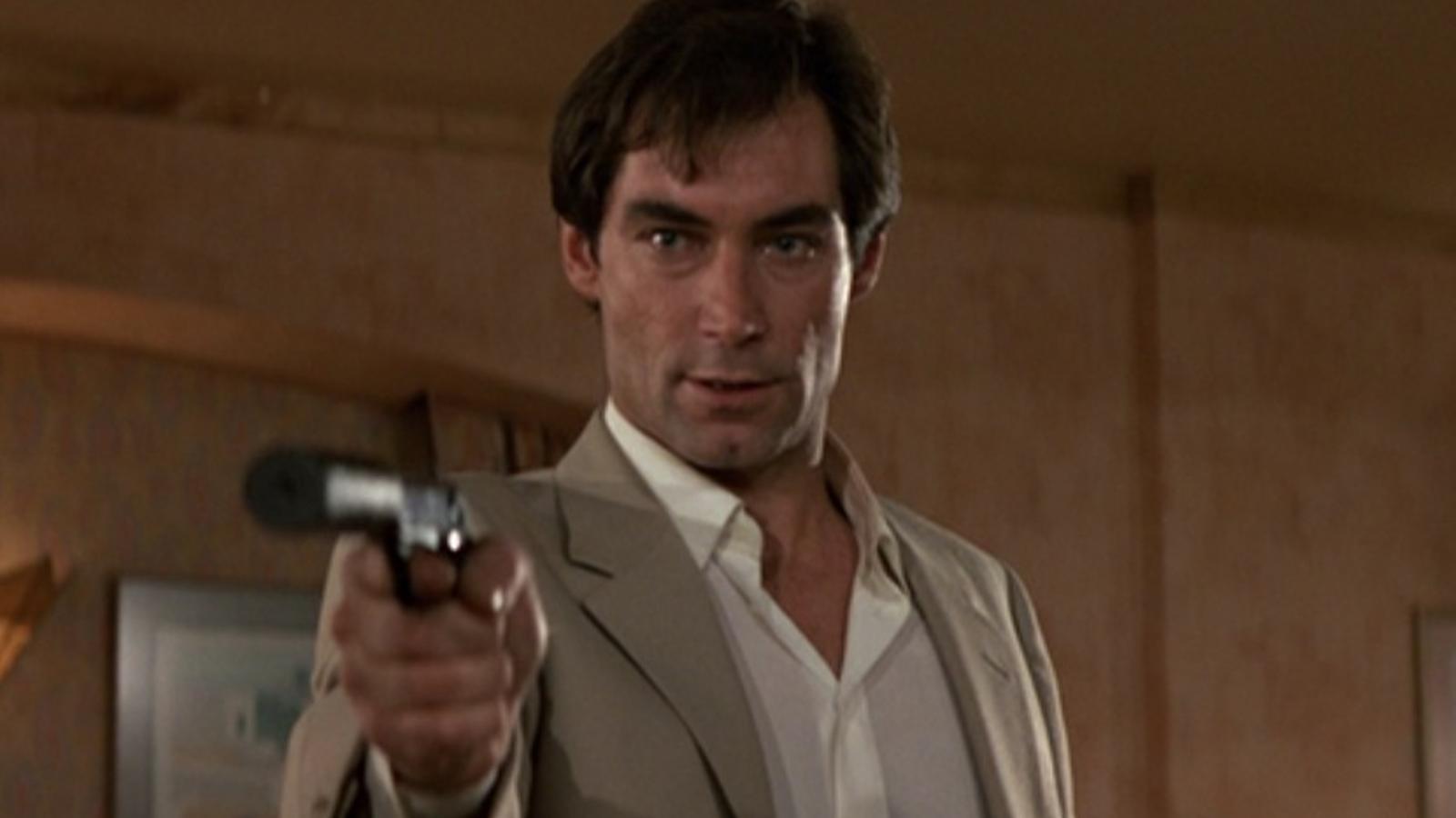 Mega va emetre la pel·lícula '007: Llicència per matar' en horari protegit