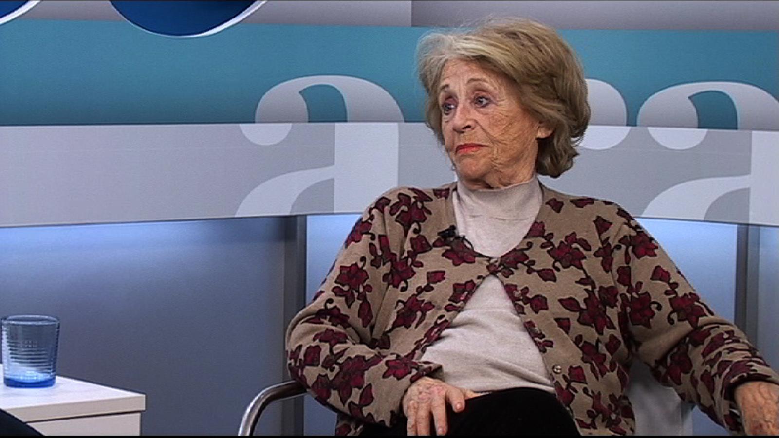 Montserrat Carulla: Amb 18 anys ja era independentista, però no ho sóc contra ningú. Els vull al costat com a amics i no per ser la seva serva
