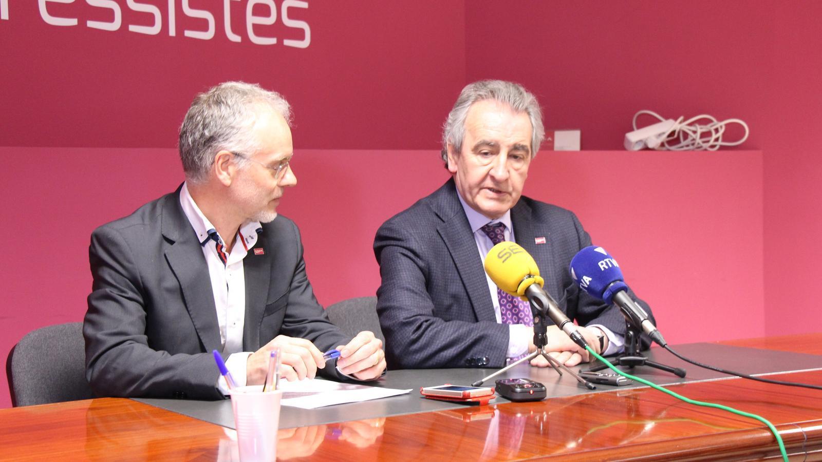 Jaume Bartumeu i Josep Roig en la roda de premsa que s'ha dut a terme aquest dimarts. / M. P.