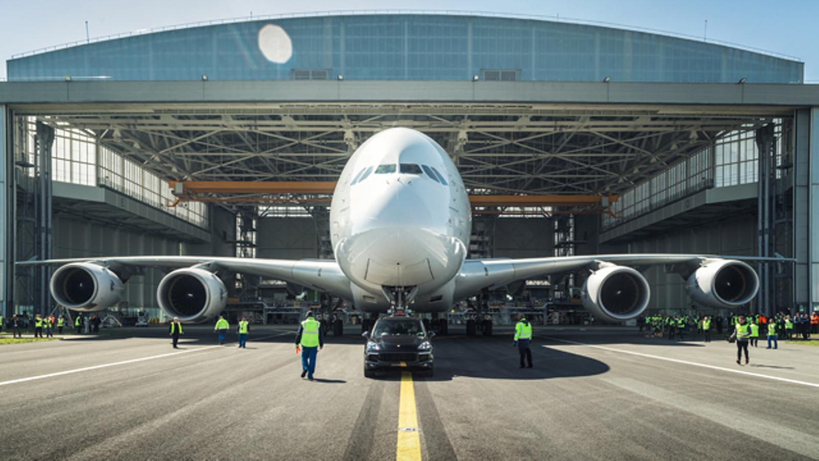 Airbus no fabricarà més l'avió gegant A380 i fa perillar 3.500 llocs de feina