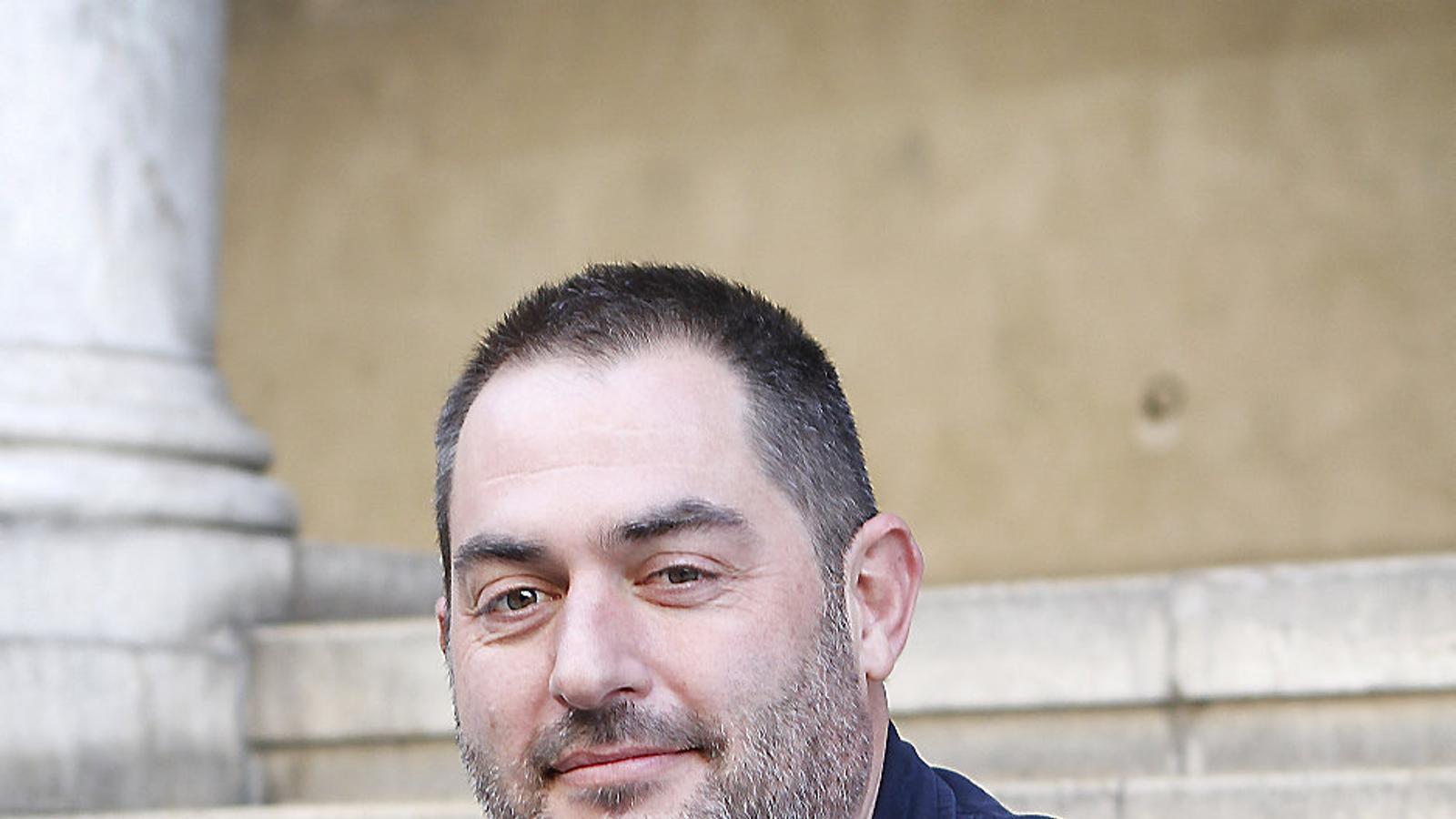 L'advocat i empresari Josep de Luis serà a partir de febrer el nou president de l'Obra Cultural Balear, ja que no hi ha cap candidat alternatiu.
