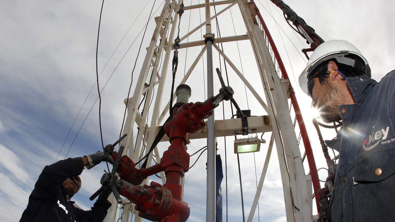Pou de petroli / ENRIQUE MARCARIAN / REUTERS