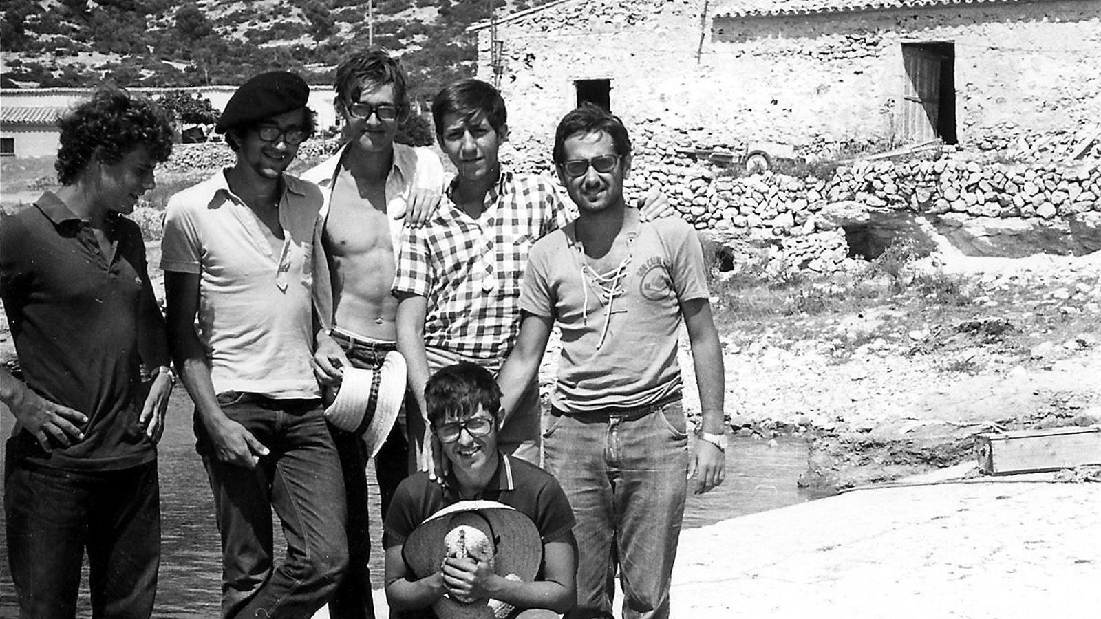 D'esquerra a dreta, Àlex de Juan, J.A. Alcover, Ramón Margalef, Jordi Muntaner, Pasqual Ballester. Joan Mayol (acotat).