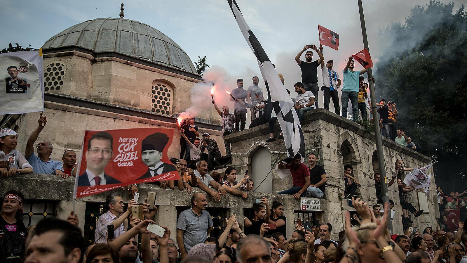 Istanbul decideix el futur d'Erdogan