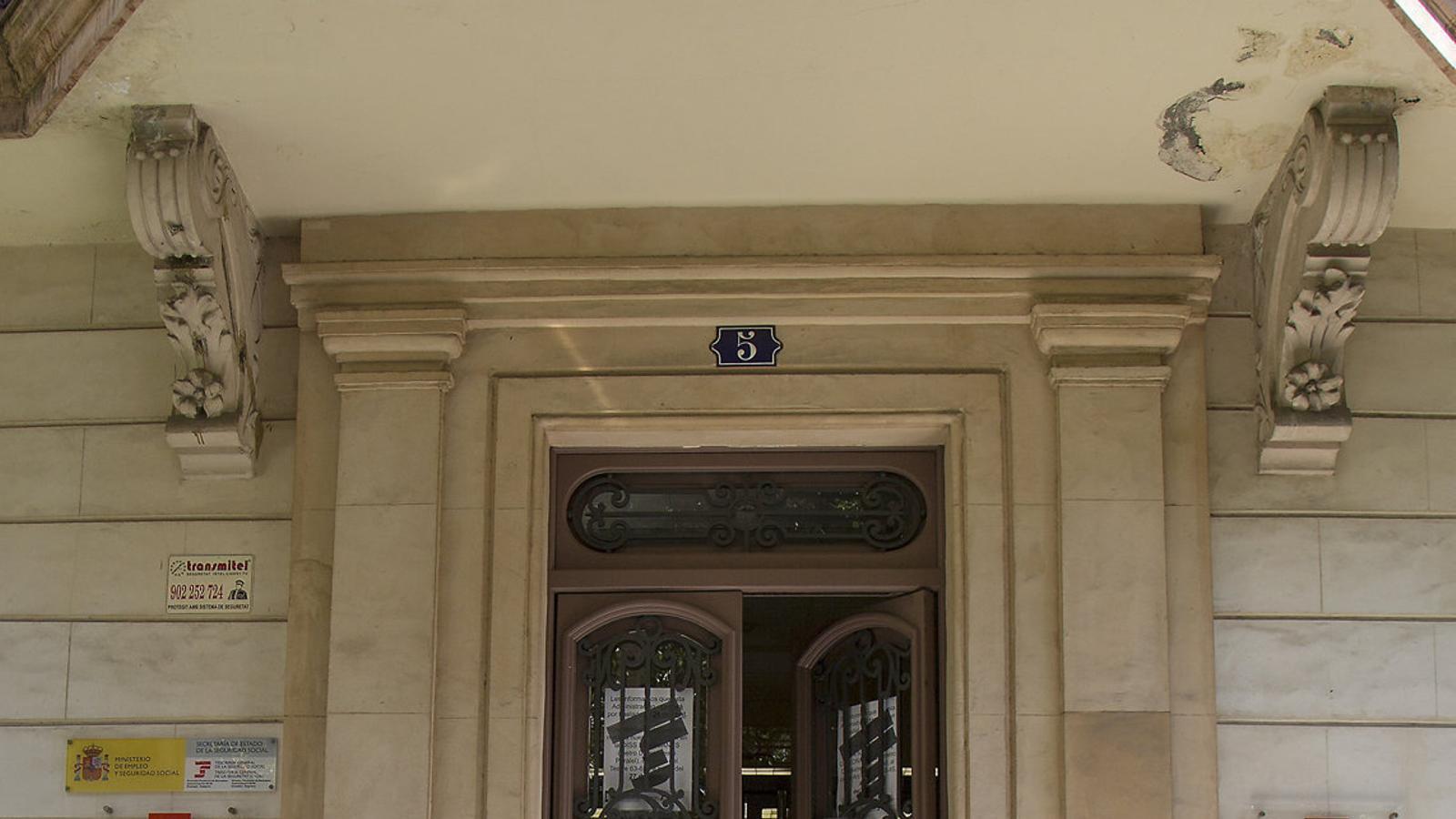 La seguretat social tanca el 50 d oficines a barcelona for Oficines seguretat social barcelona