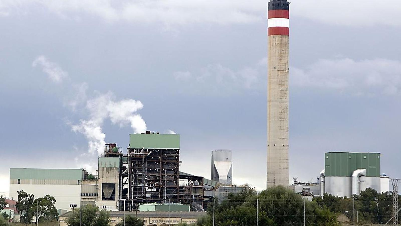 La central tèrmica del Murterar, situada a Alcúdia.