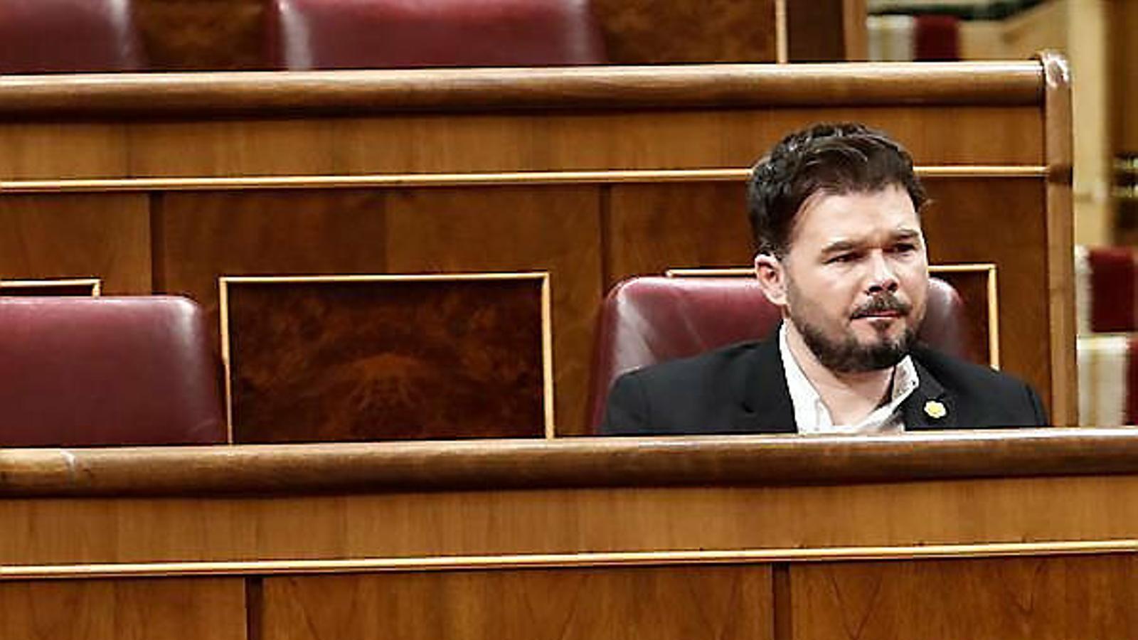 El portaveu del PNB, Aitor Esteban, i el d'ERC, Gabriel Rufián, al Congrés en el ple del 18 de març.