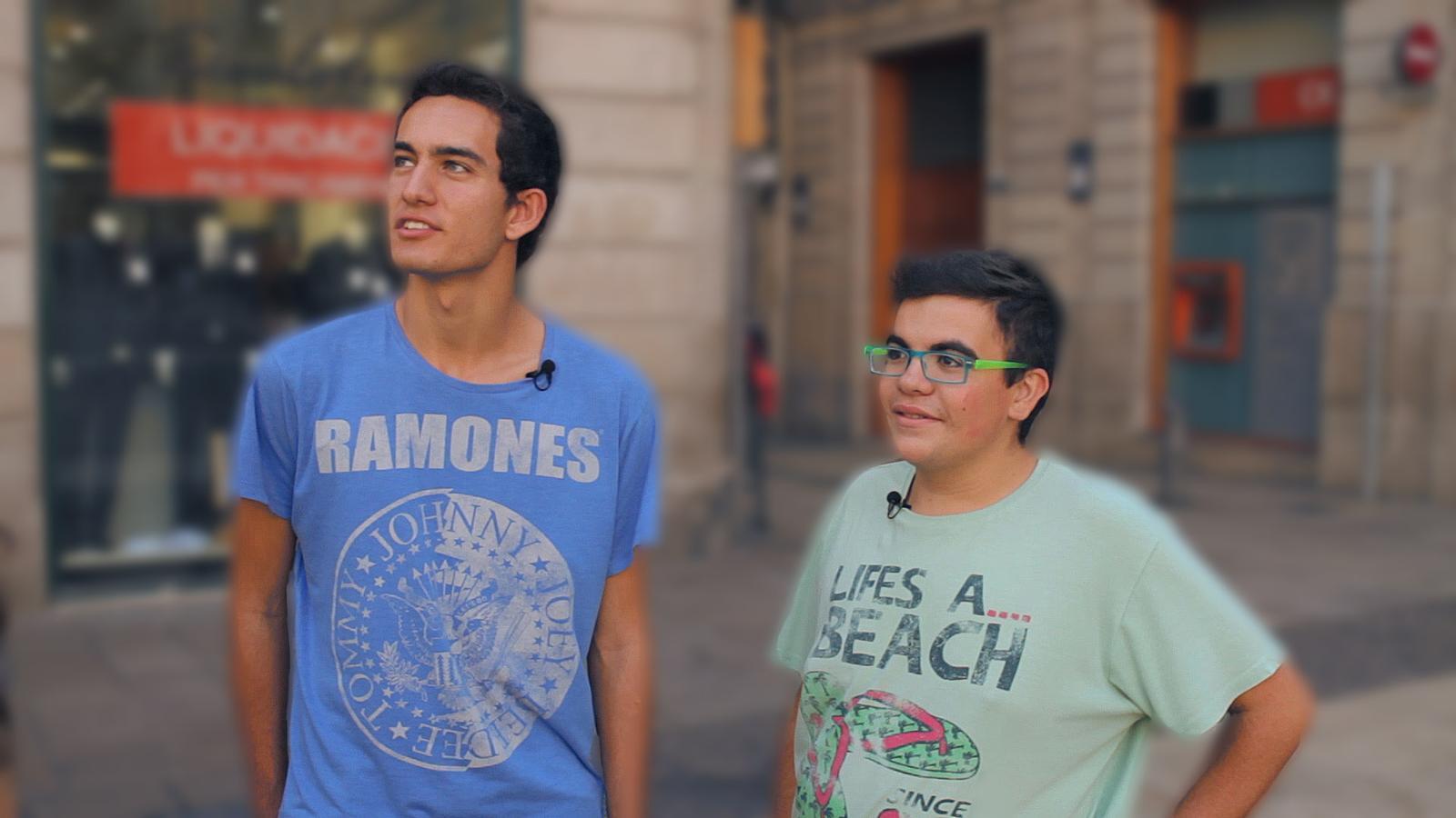 Els primers dies a Barcelona de dos universitaris de La Cerdanya