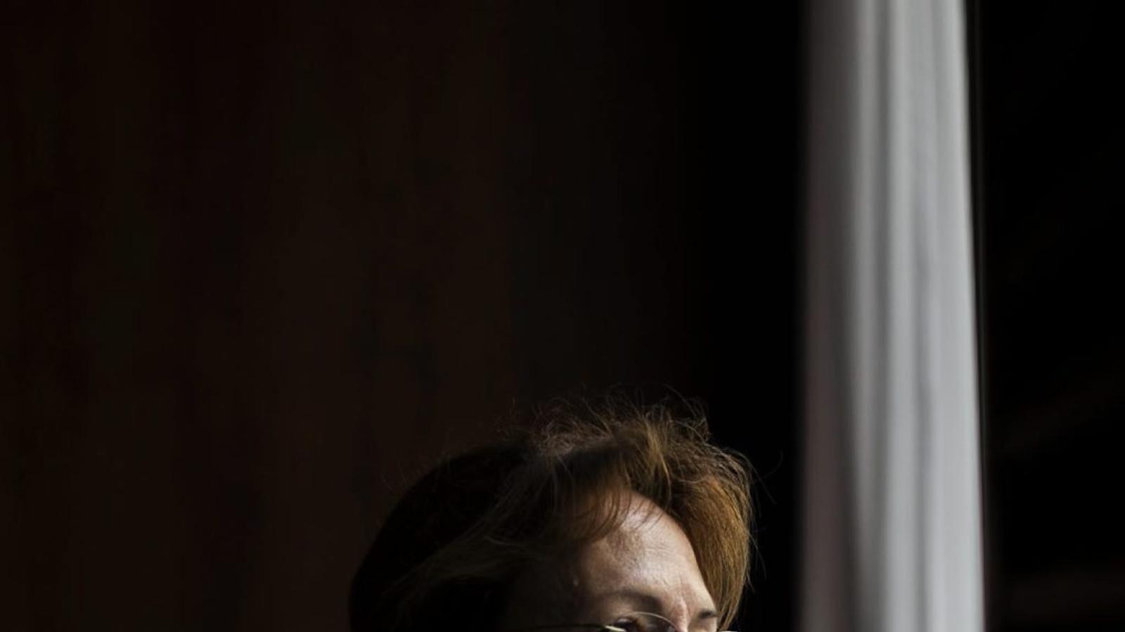 Cecília Borràs, psicòloga, presideix l'associació de supervivents  del suïcidi i ajuda en el procés de dol.