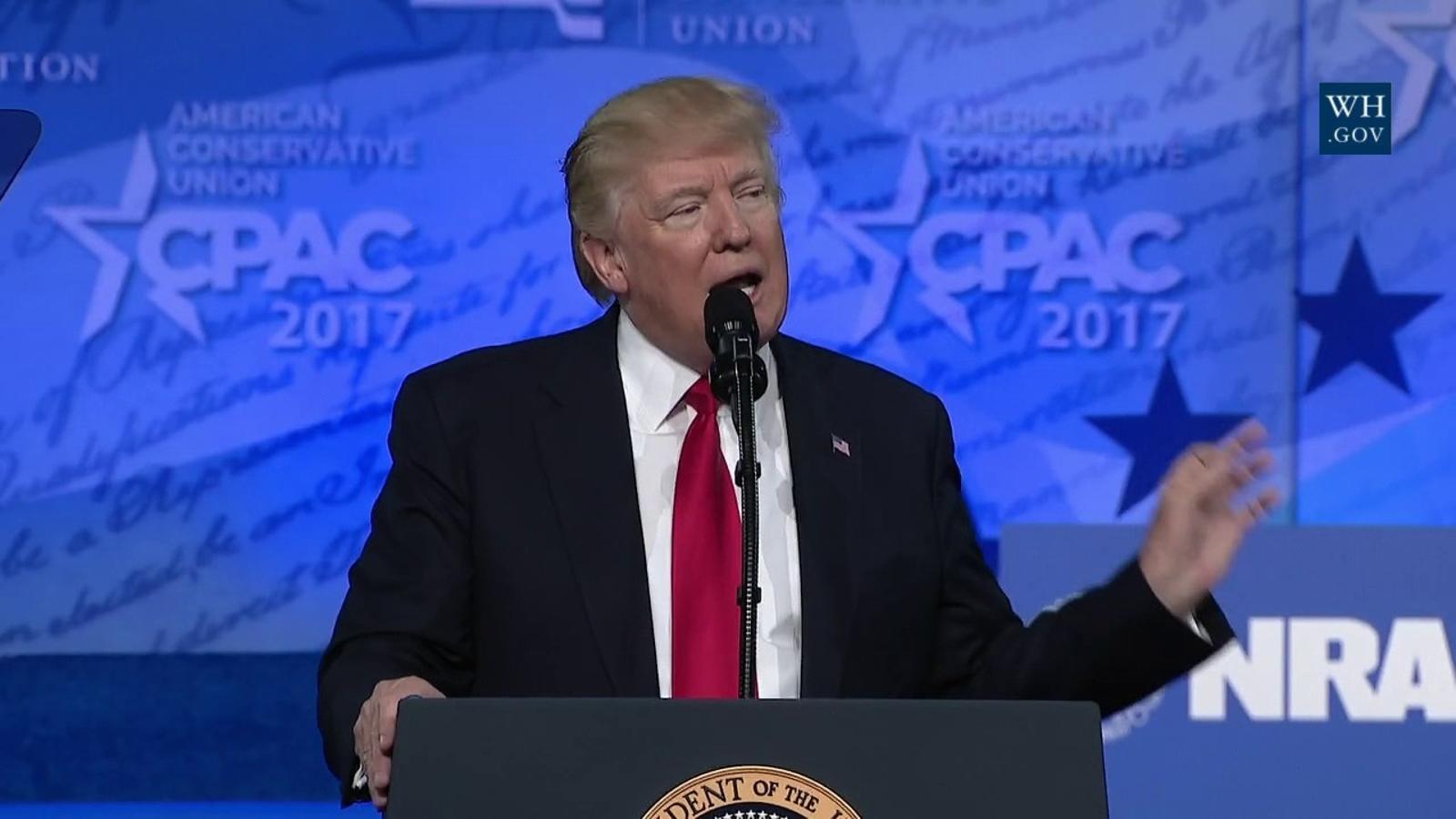 Trump promet accelerar  el mur fronterer i les deportacions