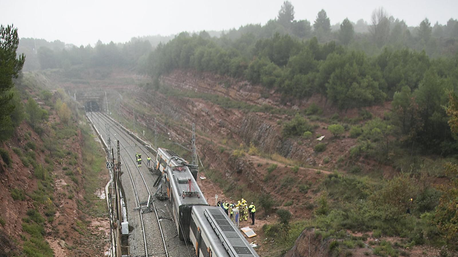 El tren descarrilat a Vacarisses el novembre del 2018.