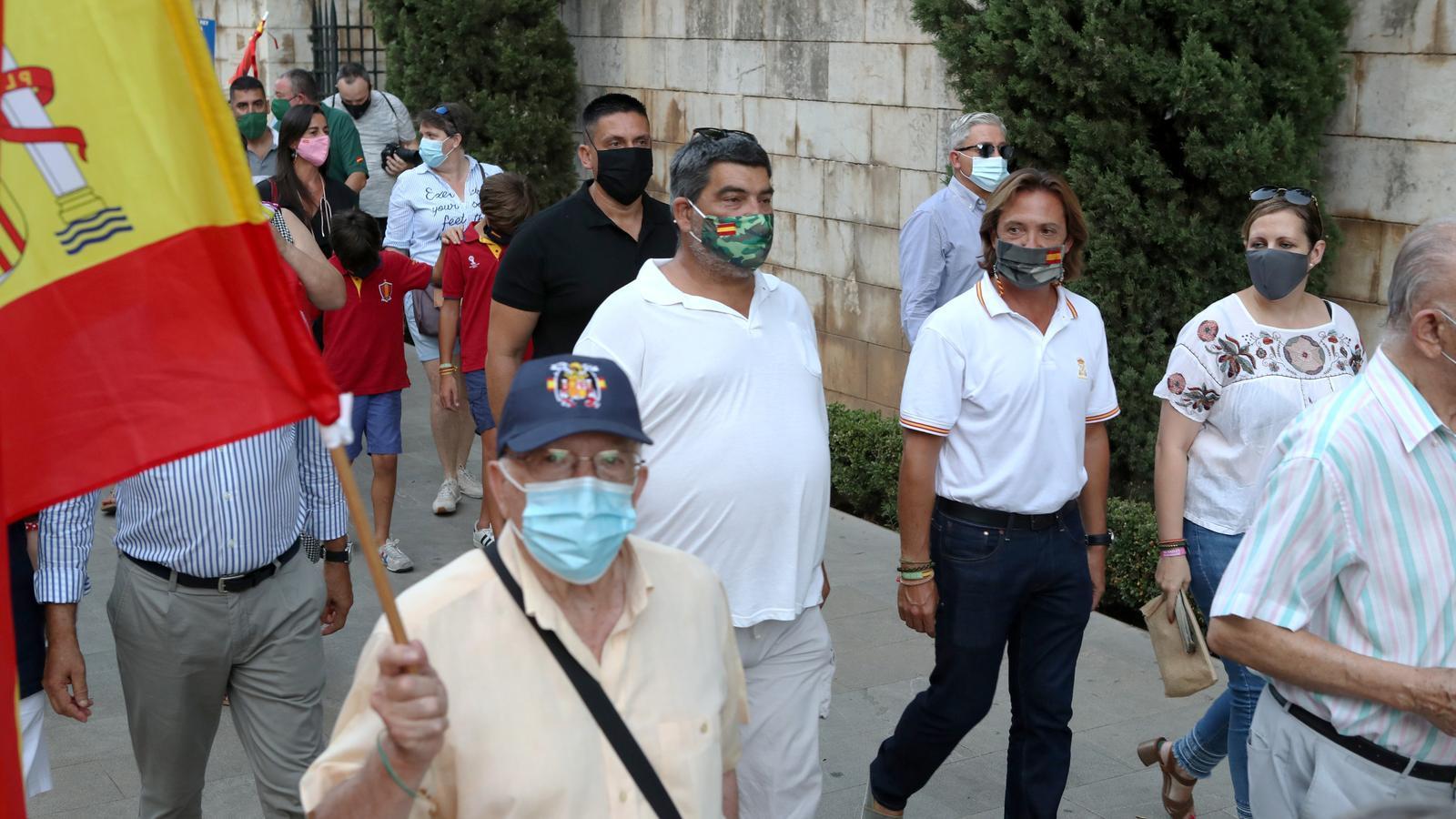 Manifestació en favor de la monarquia./ ISMAEL VELÁZQUEZ