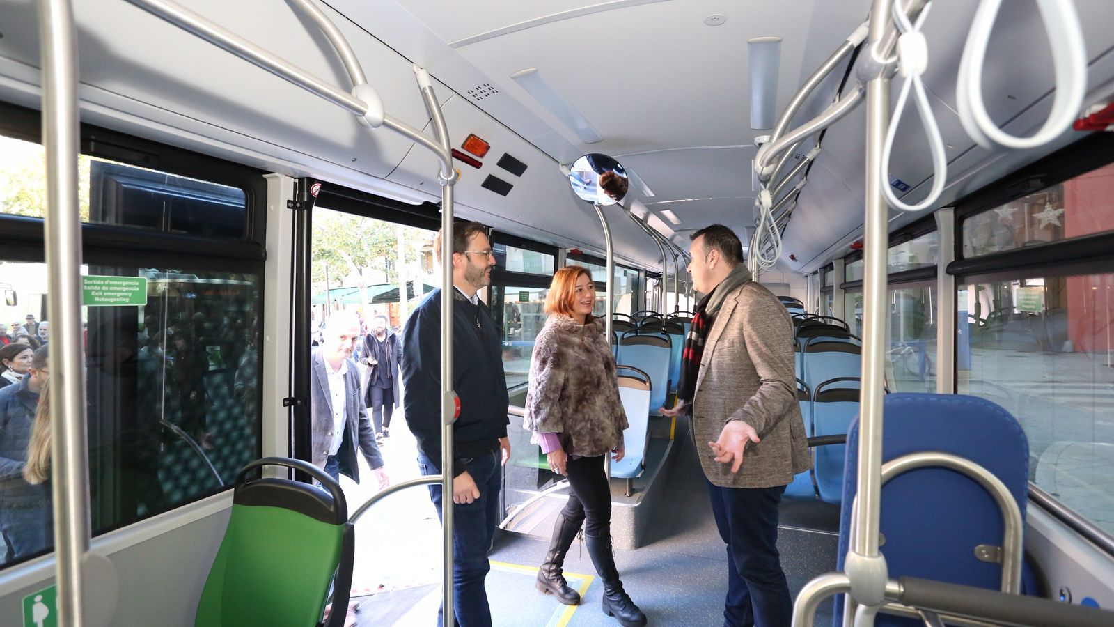 La presidenta del Govern, Francina Armengol, amb el batle Josés Hila i el regidor de Mobilitat de Palma, Xisco Dalmau