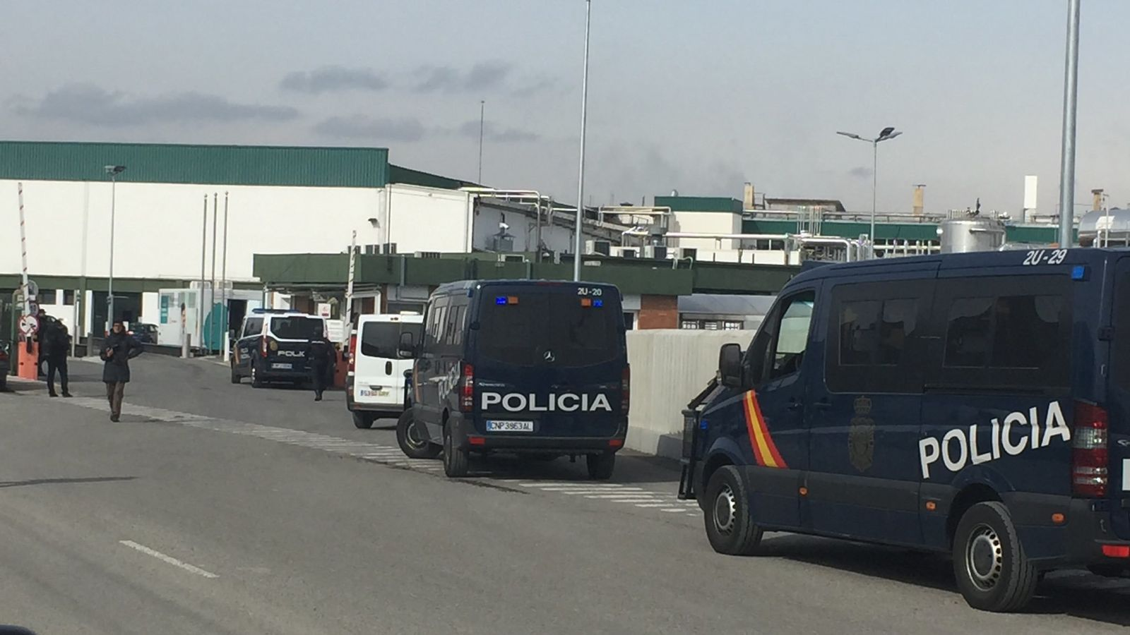 Efectius de la Policia Nacional intervenen a Le Porc Gourmet.