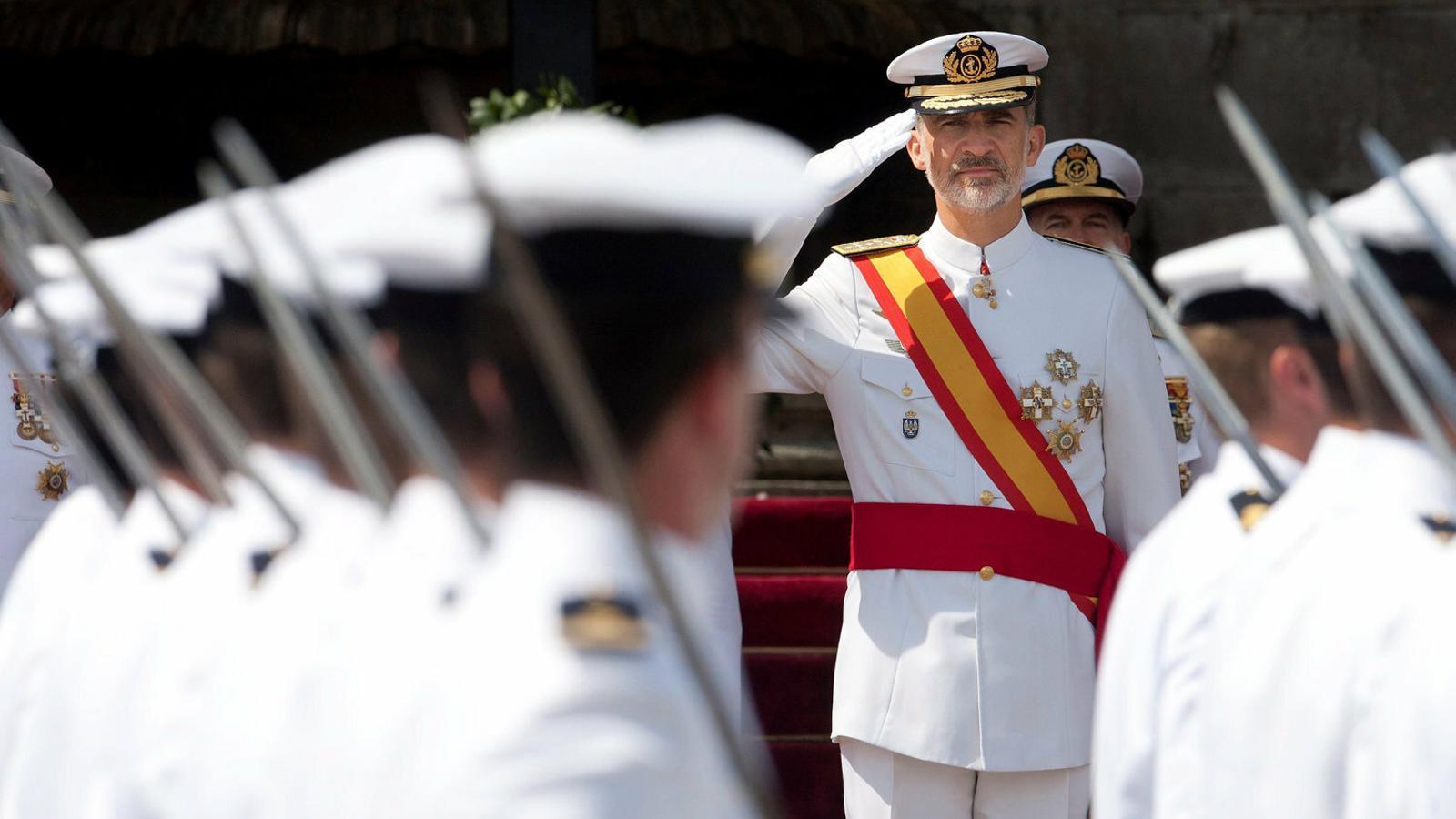 El Constitucional prohibeix al Parlament criticar el rei