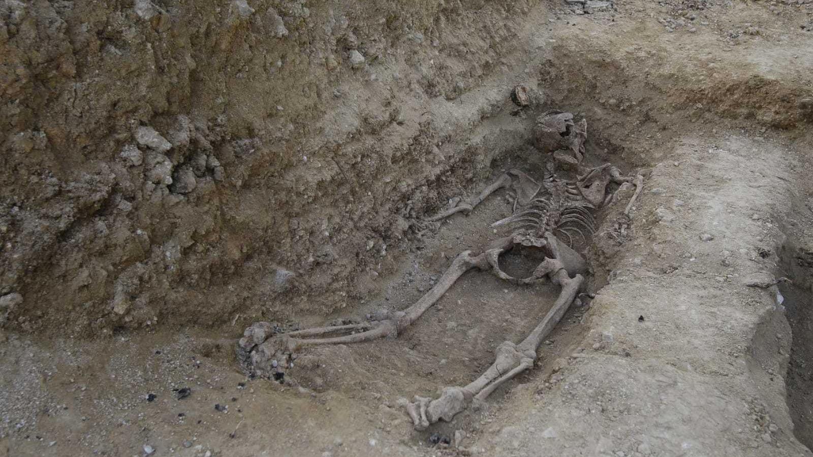 Desenterren per primera vegada a les Balears una dona d'una fossa de la Guerra Civil