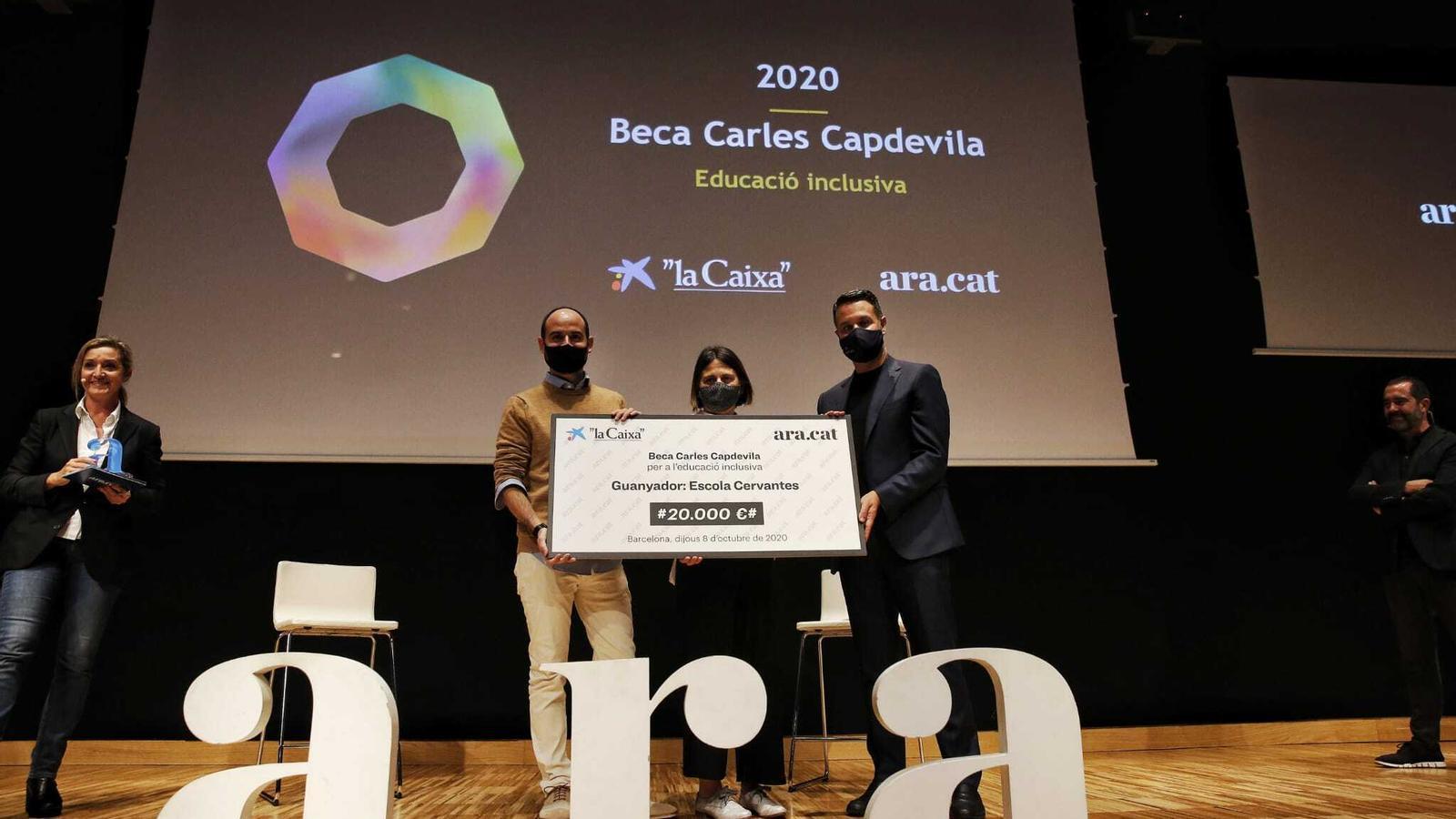 L'escola Cervantes de Barcelona guanya la tercera beca Carles Capdevila