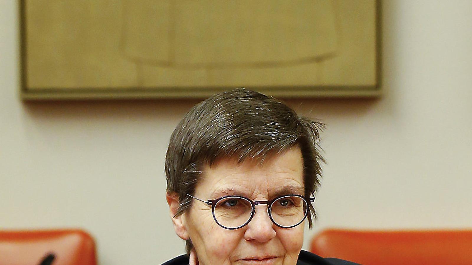 La presidenta de la Junta Única de Resolució (JUR),  Elke König, ahir al Congrés de Diputats.