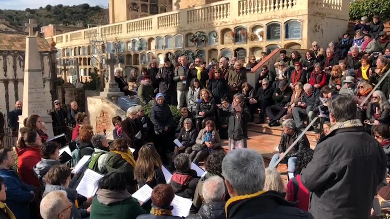 Concert davant de la tomba de Joan Maragall