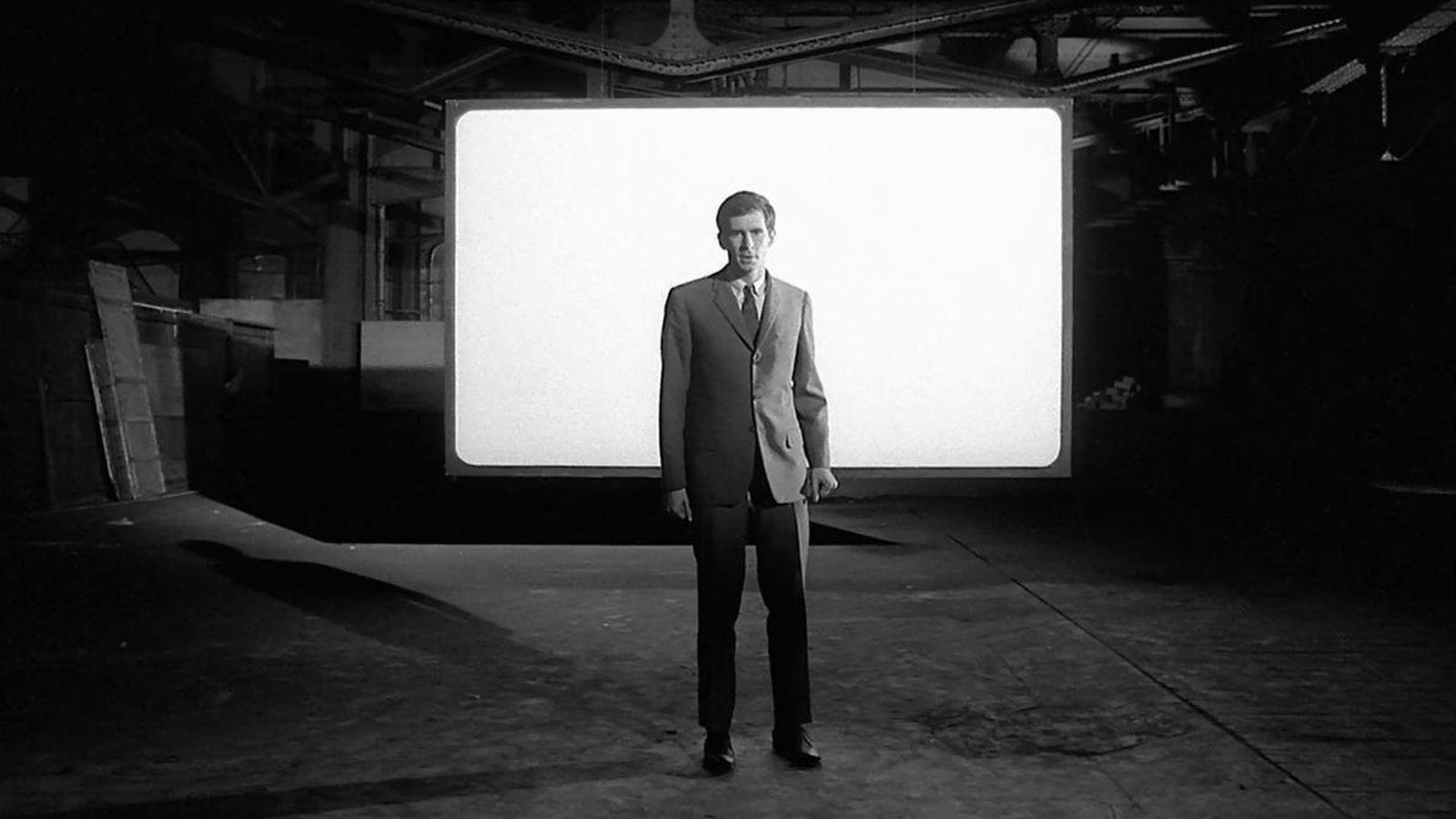 Fotograma de la magnífica versió cinematogràfica del llibre de Kafka que va escriure i dirigir Orson Welles el 1962.