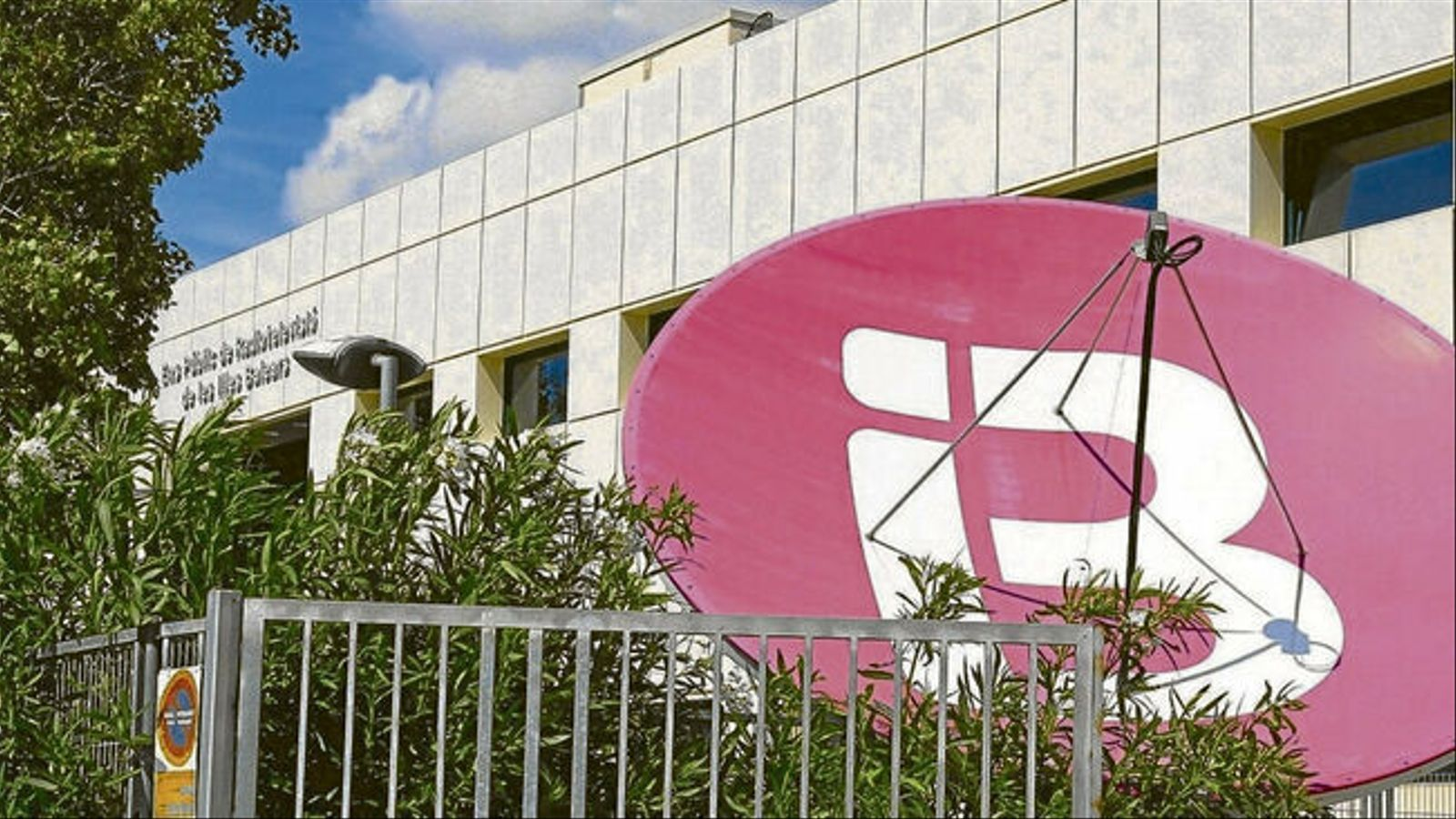 Les instal·lacions d'IB3 Televisió a Calvià. / ISAAC BUJ