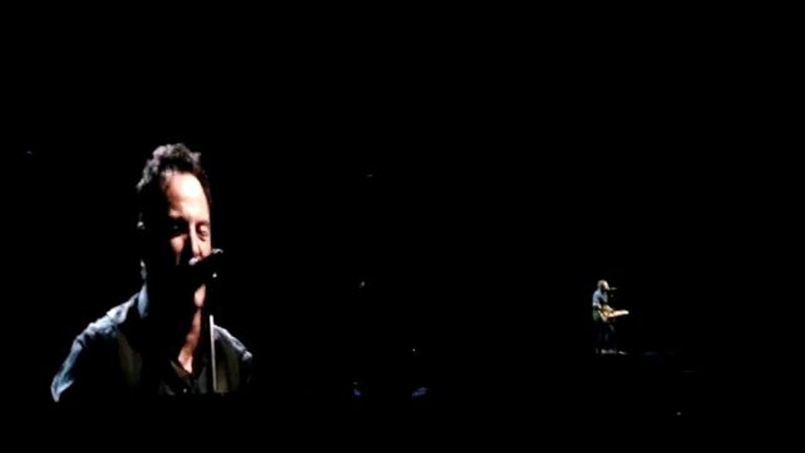 Bruce Springsteen interpreta 'Wrecking ball'