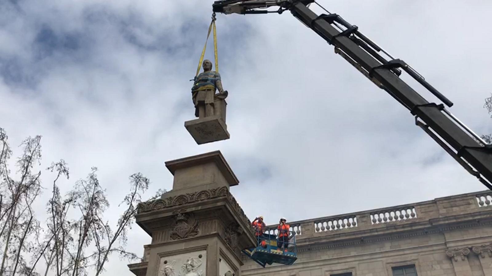 Retirada de l'estàtua de l'esclavista Antonio López