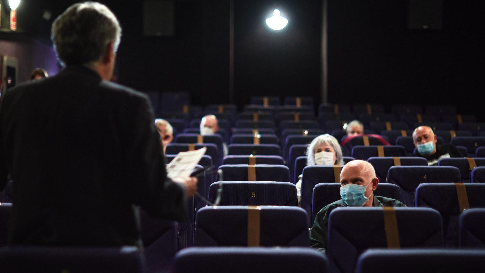 El TSJC permet reobrir els cinemes, els gimnasos i els espais esportius
