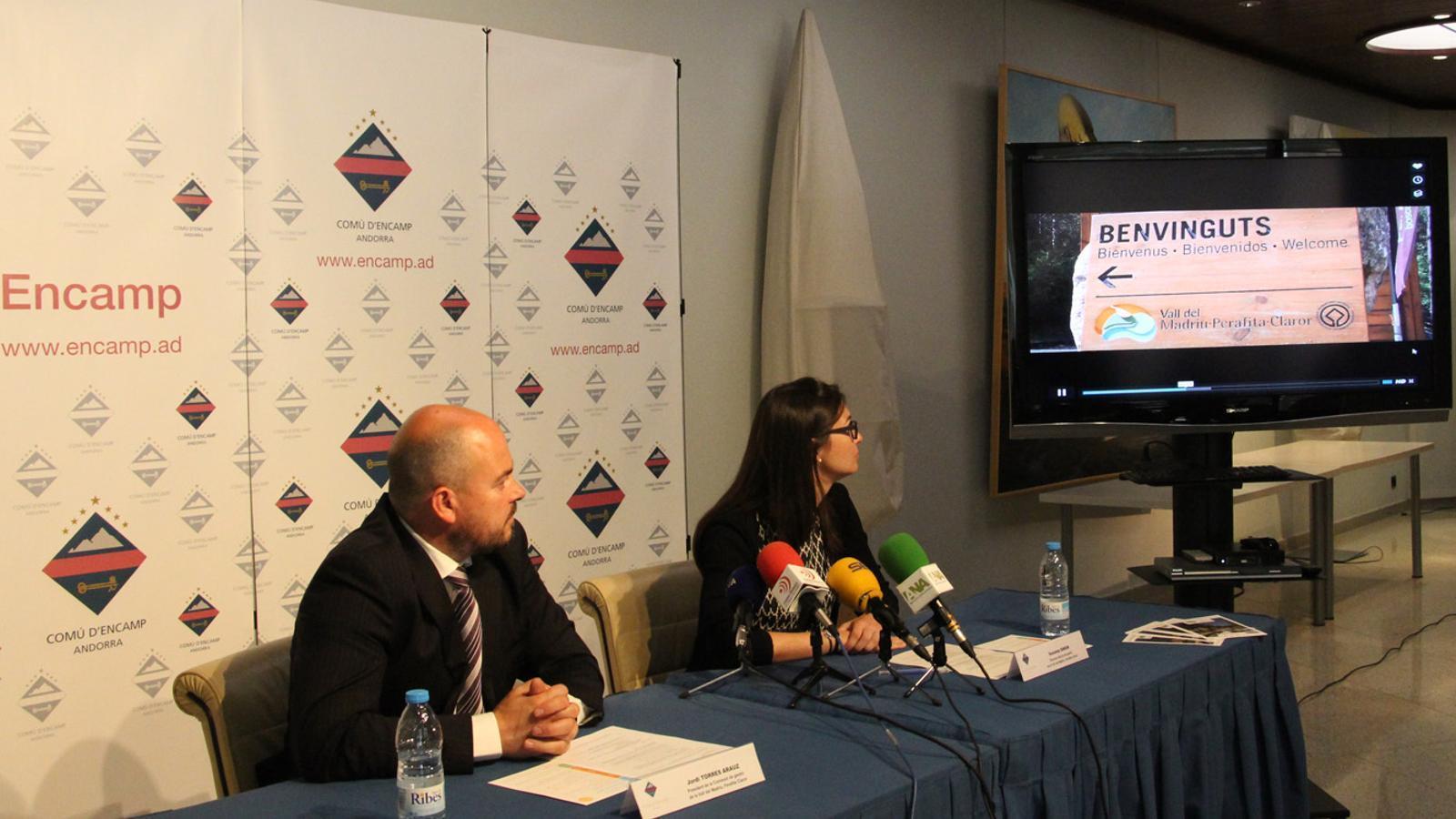 El preisdent de la Comissió de la Vall, Jordi Torres, i l directora del pla de gestió, Susanna Simon