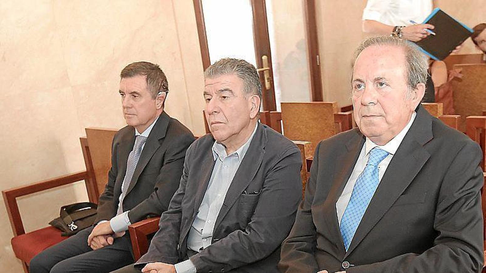 L'expresident Jaume Matas, l'empresari Daniel Mercado i l'exconseller d'Interior José María Rodríguez.