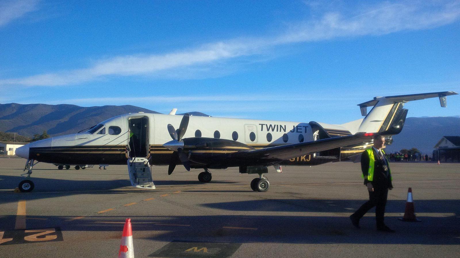 Un avió de petites dimensions que pot aterrar en aeroports mitjans. / Arxiu ANA