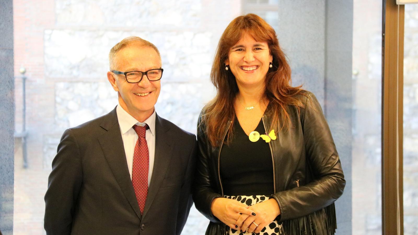 La consellera de Cultura, Laura Borràs, i el seu homòleg espanyol, José Guirao, aquest dimecres a la seu del ministeri, a Madrid