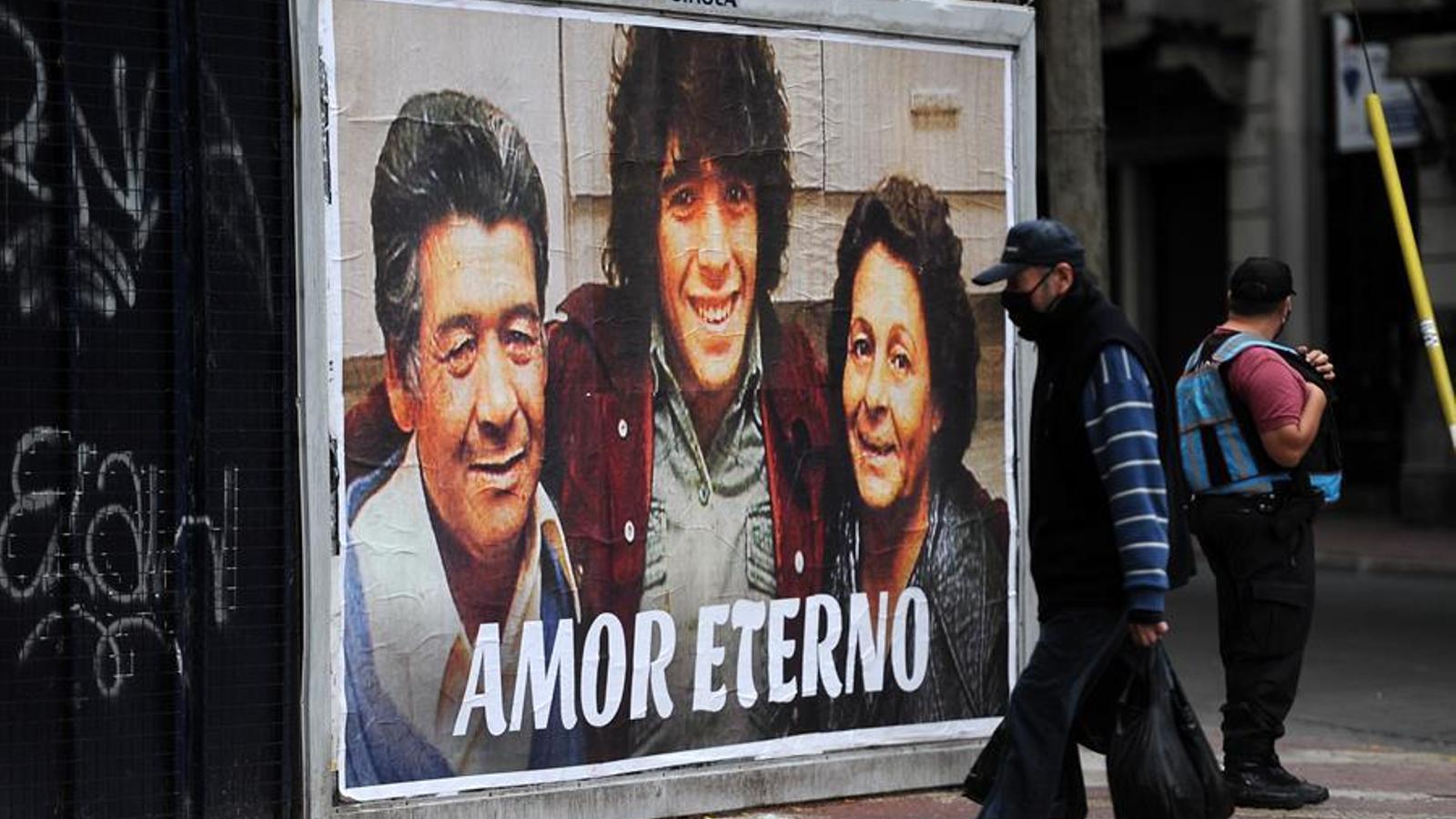 Homenatge a Maradona en el barri de San Telmo, Argentina
