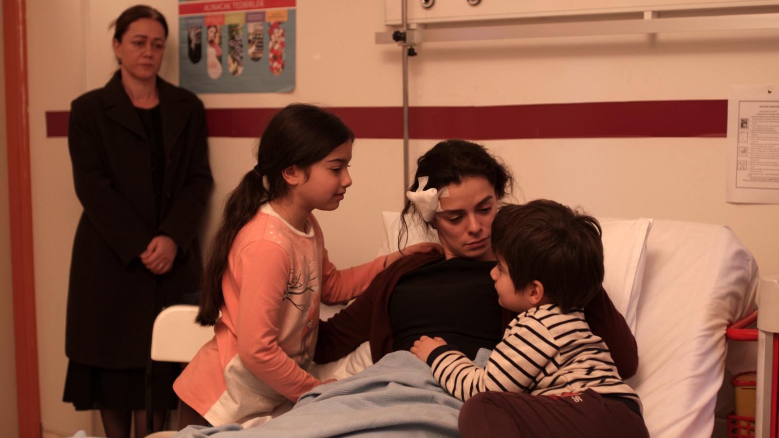 Una escena de 'Mujer', la sèrie turca que ha triomfat a Antena 3