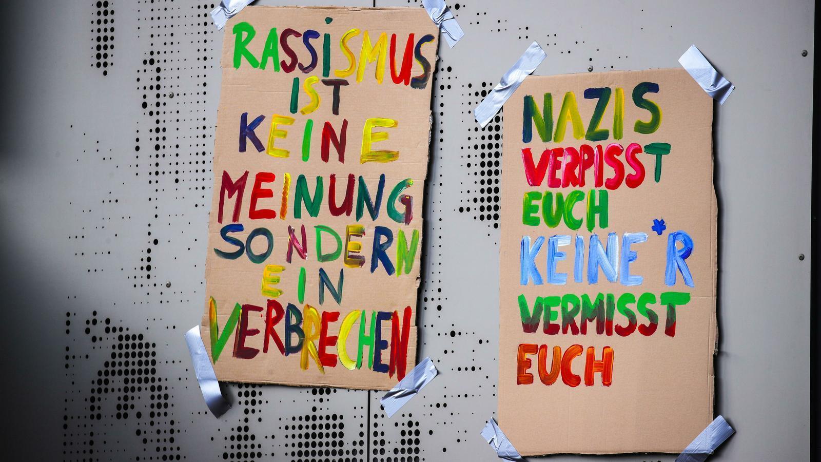 Missatges  de rebuig a l'atemptat d'ultra dreta a Hanau, Alemanya.