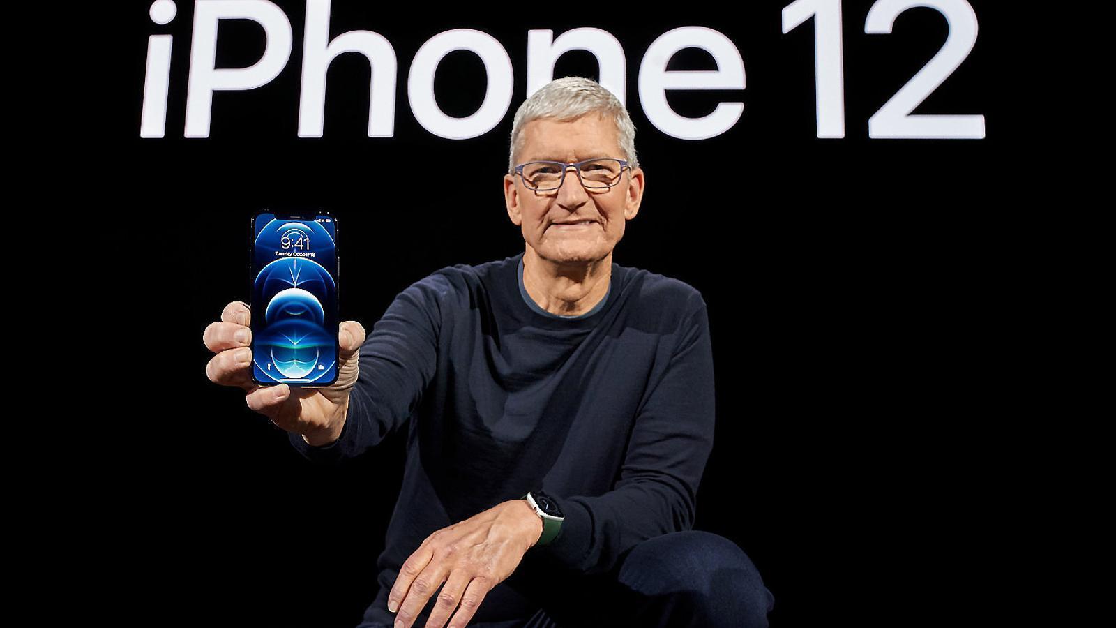 Apple presenta l'iPhone 12,  el seu primer 'smartphone' 5G
