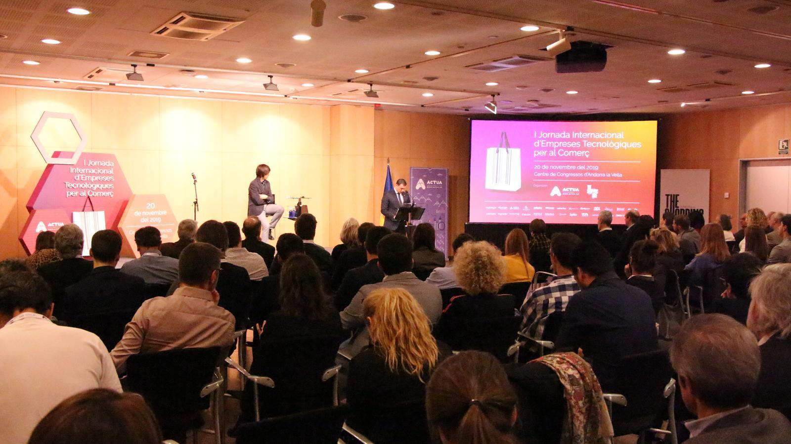 Jornada Internacional d'Empreses Tecnològiques per al Comerç. / M. R. F.
