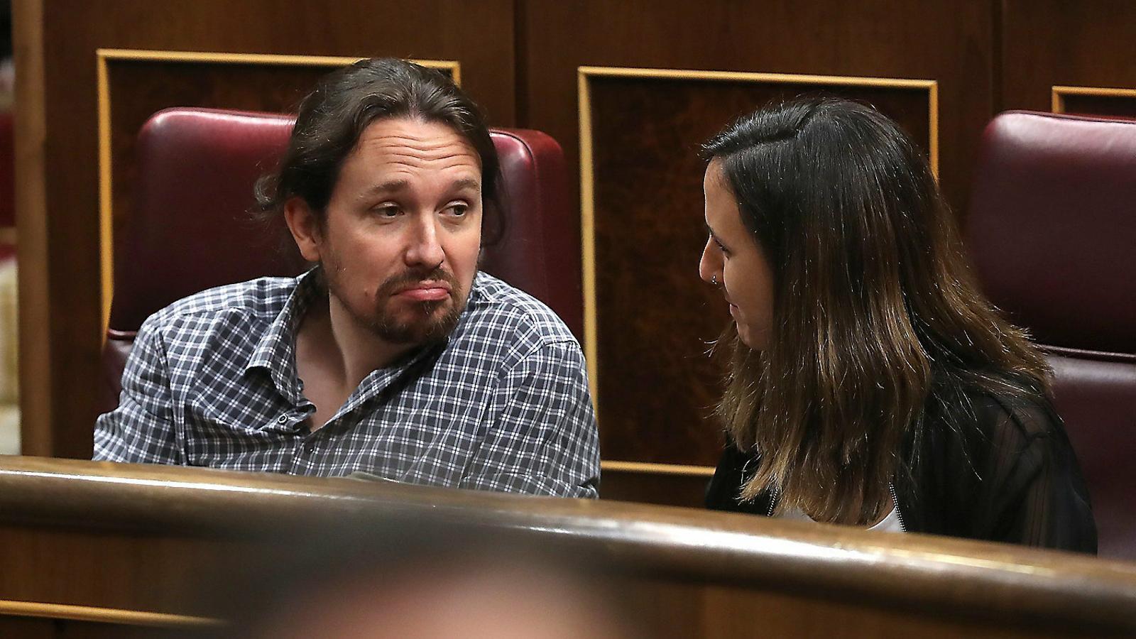 Iglesias arriba fort internament als dies clau per a la investidura