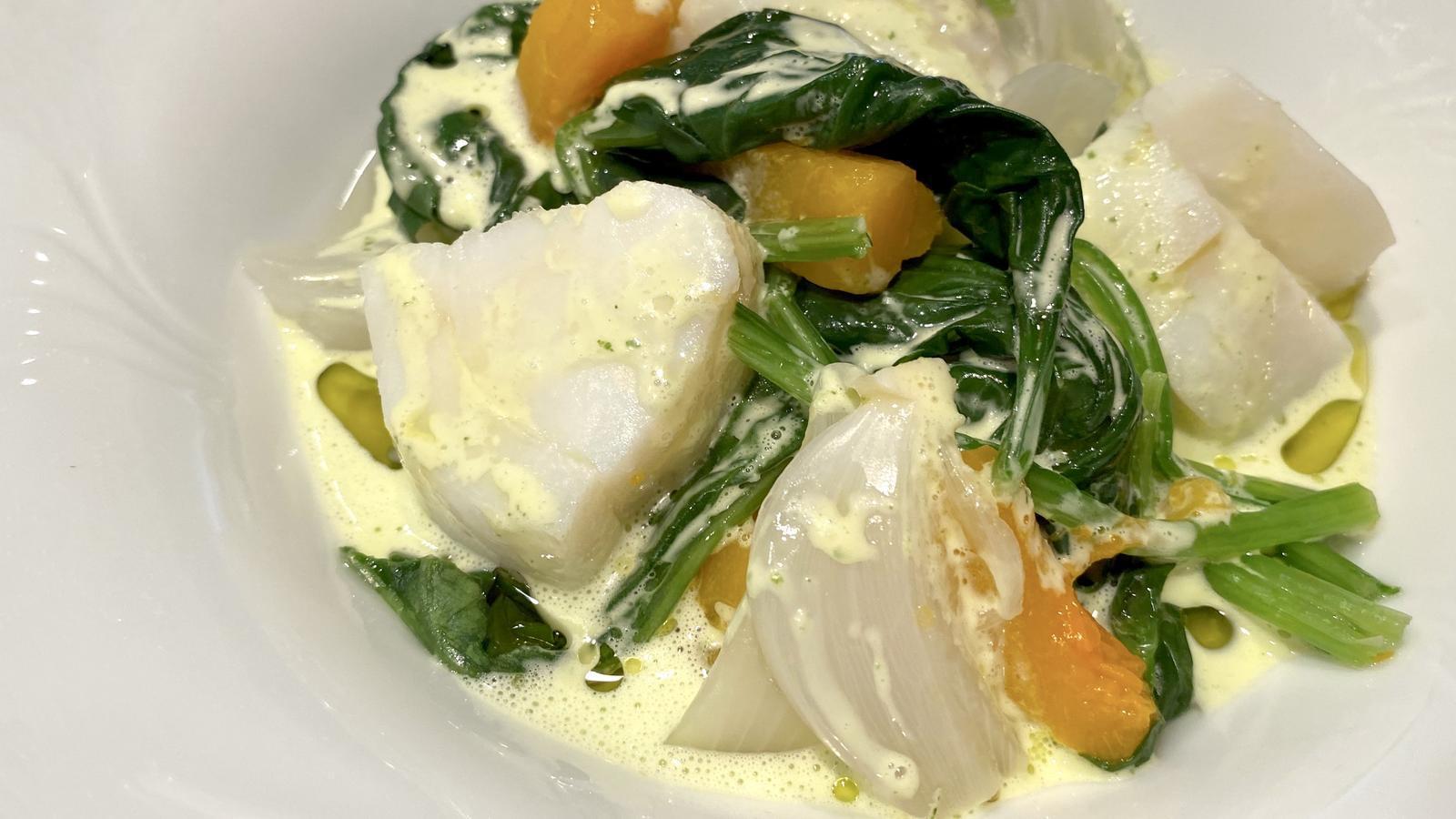 Com es fa la carbassa amb ceba, espinacs i bacallà? La recepta de la cuinera Carme Ruscalleda