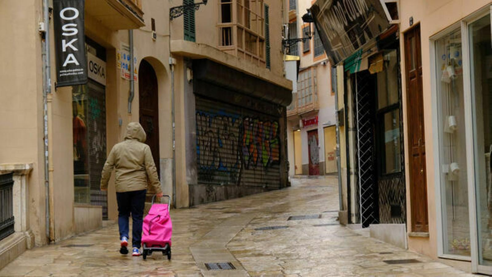 Botigues de Palma amb les portes tancades