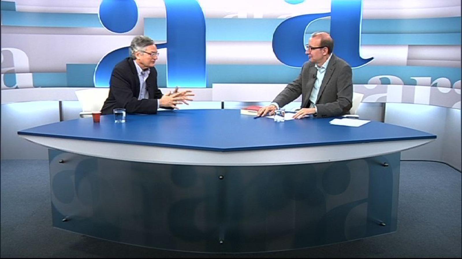 Entrevista d'Antoni Bassas a Moisés Naím per l''Ara TV Premium'