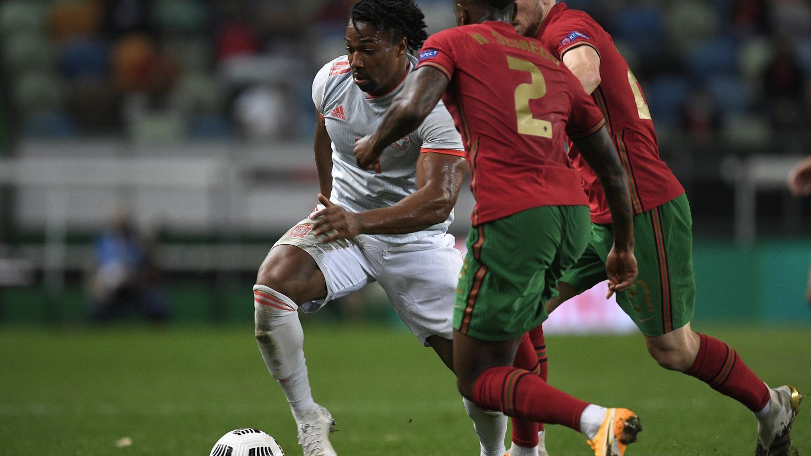 El català amb arrels a Mali Adama Traoré va debutar amb Espanya.