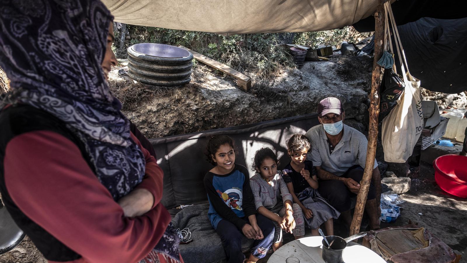 Esperant la sentència del TSJC sobre la mesa del Parlament; els contagis de covid-19 continuen enfilant-se a Catalunya; hem entrat als camps de refugiats de Samos: les claus del dia, amb Antoni Bassas (19/10/2020)