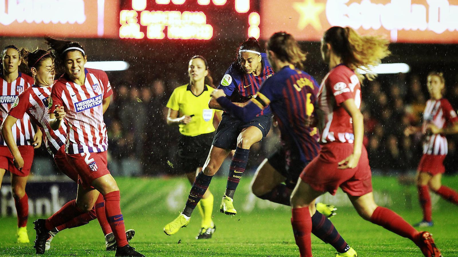 Bonmatí i Duggan reactiven un Barça que sacseja la Lliga