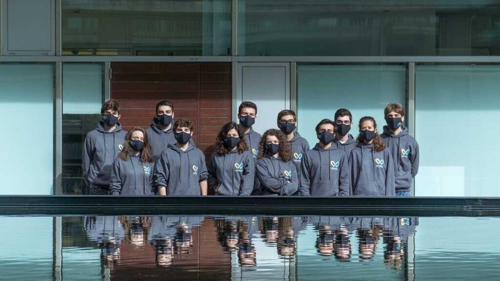 L'equip que ha representat Barcelona als iGEM: A. Pascuet, E. Suñé, J. Pinyol, J.Puig, J. Monge, M. Chic, M. Caravaca, N. Álvarez de Eulate, Q. Martí i T. Berjara.